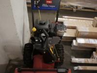 Toro 722E Power Throw 205cc Snow Blower (115-5) #3